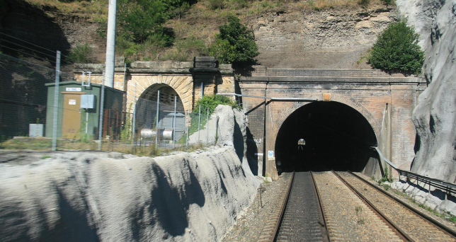 Southbound view of the Gib Tunnel, with the old tunnel visible at left. Image: Woosang